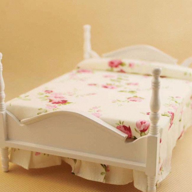 картинка кровать для кукольного домика двухтысячных
