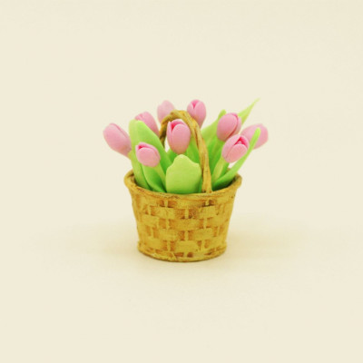 Тюльпаны для кукол в корзинке розовые