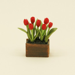 Тюльпаны для кукол в ящике красные