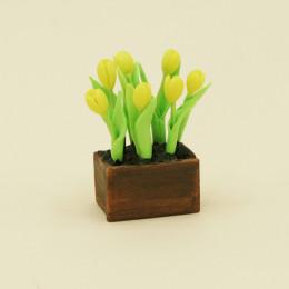 Тюльпаны для кукол в ящике желтые