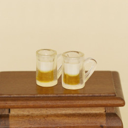 Две кружки с пивом для кукол