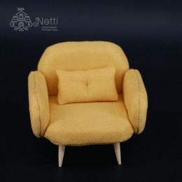 Кресло для кукольного домика Жожоба горчичное
