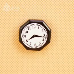 Часы для кукол Пинчота