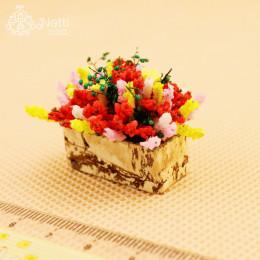 Цветы в вазе для кукольного домика Персея