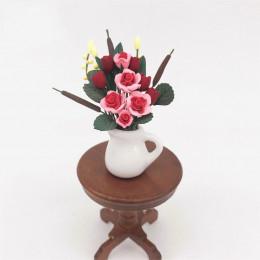 Цветы в вазе для кукольного домика Михолица
