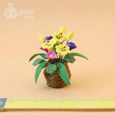 Цветы в горшке для кукольного домика Ситник