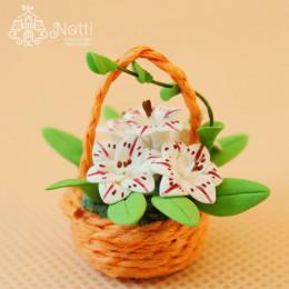 Цветы в корзинке для кукольного домика Сида