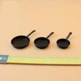 Комплект сковородок для кукол Добрыня черный