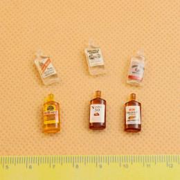 Набор бутылок виски для кукол Анкона