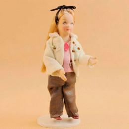 Житель кукольного домика Клер