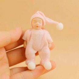 Житель кукольного домика Клои