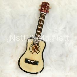 Гитара для кукол Даниэла