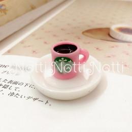 Кофе для кукол в розовой чашке
