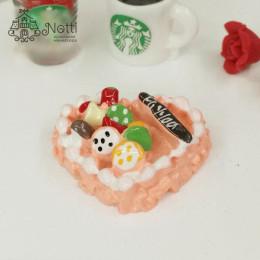 Пирожное для кукол Вакри