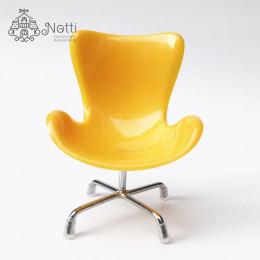 Кресло для кукольного домика Маккорт желтое