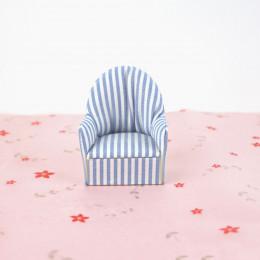 Кресло для кукольного домика G03009