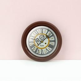 Настенные часы для кукольного дома орех G10308
