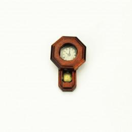 Настенные часы с маятником для кукольного дома орех G10334