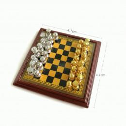 Шахматы для кукол орех