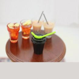 Коктейльная трубочка для кукол салатовая