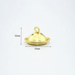 Блюдо с крышкой для кукол Сантана золотистое