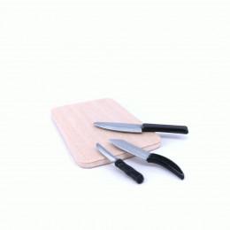 Набор кухонных ножей с доской для кукол