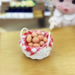 Корзинка с яйцами для кукол Измир