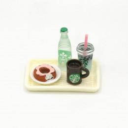Набор для кукол напиток, вода, кофе и пончик на подносе