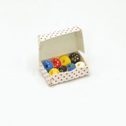 Пончики в коробке для кукол