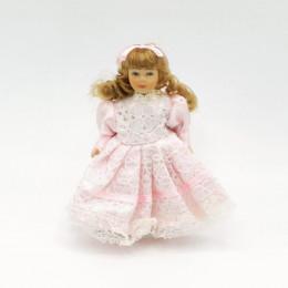 Житель для кукольного домика Вита