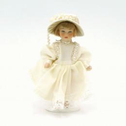 Житель для кукольного домика Беатрис