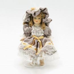 Житель для кукольного домика Грета