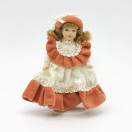 Житель для кукольного домика Даяна